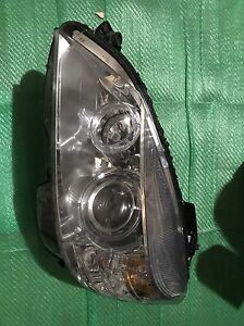 2009 Mercedes benz c300 / c350 oem xenon headlight