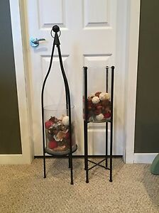 Home decor stands