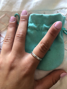 Tiffany & co. Return to Tiffany sterling silver band, size 7