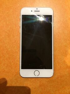 Iphone 6s with charger and portable charger Edmonton Edmonton Area image 3