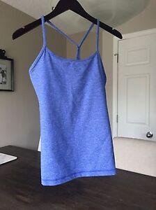 Lululemon Y Tank size 8 - heathered blue