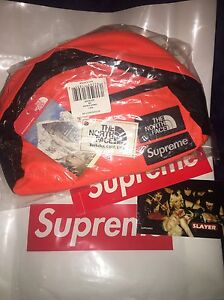supreme x tnf the north face roo pouch OS DS