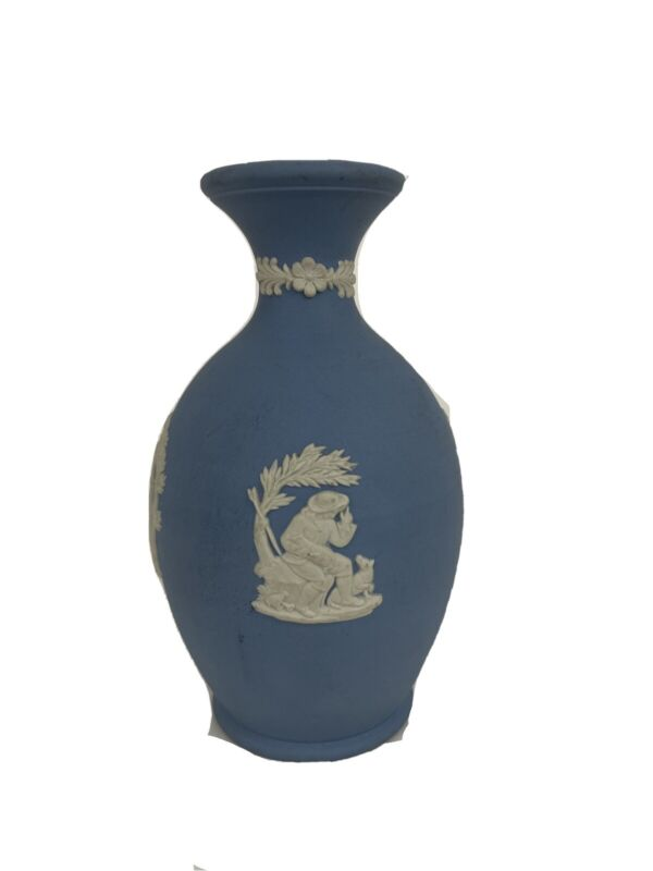 Wedgwood Vase Jasperware Arcadian Cupid Cherub Boy Blue White