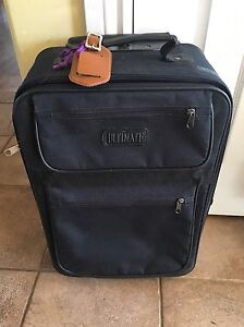 Black Expandable Carry On Suitcase with Wheels