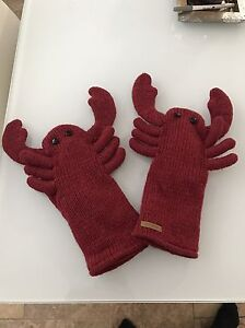 Winter gloves - gently used  London Ontario image 1