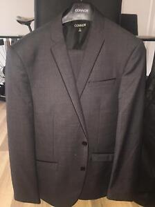Grey Suit (Full) XL Hyde Park Townsville City Preview