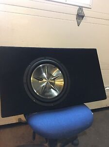 12 inch clarion sub and box