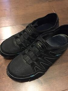 Skechers Size 8.5 Shoes London Ontario image 1