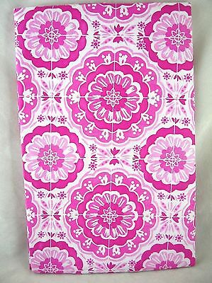 Pink Vinyl Tablecloth (Assorted Sizes Pink & White Medallion Vinyl Tablecloth NEW FREE)
