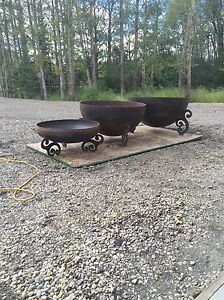 FIRE BOWLS AND CRUSHER