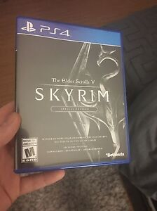 Selling Mint Condition Skyrim PS4 50$