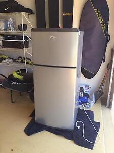 Whirlpool fridge freezer refrigerator Carindale Brisbane South East Preview