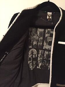 Dept: open front jacket with printed jersey lining London Ontario image 2