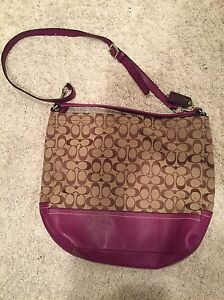 Coach purse like new Windsor Region Ontario image 1