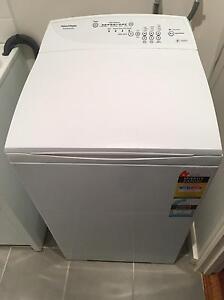Fisher & Paykel WashSmart 5.5kg washing machine Brunswick Moreland Area Preview