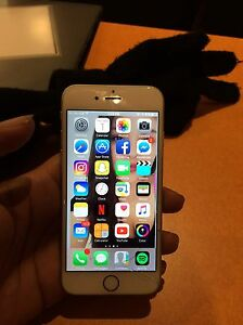 Iphone 6s with charger and portable charger Edmonton Edmonton Area image 1
