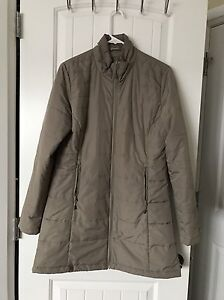 Wind river snow jacket for ladies (m) for sale