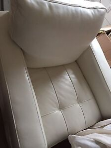 Leather chairs for sale! 800$ for two Cambridge Kitchener Area image 2