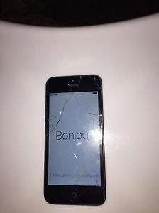 Iphone 5 Black , $200 negotiable Macgregor Belconnen Area Preview