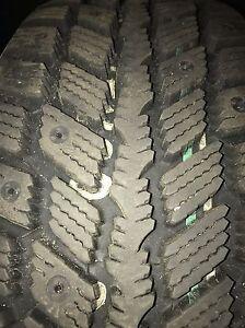 Snow tires 225/60/R16 on rims  Kitchener / Waterloo Kitchener Area image 3