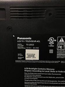 """32"""" Panasonic LCD tv London Ontario image 4"""