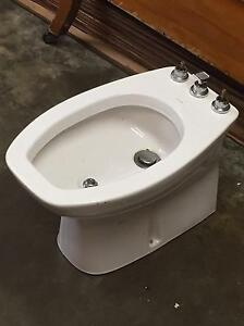 Caroma bidet Wollstonecraft North Sydney Area Preview