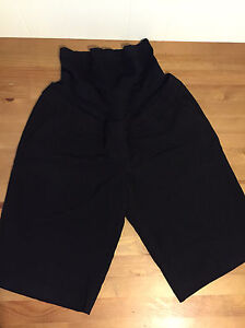 Nearly new maternity clothes - size small and medium  - $5each Kitchener / Waterloo Kitchener Area image 2