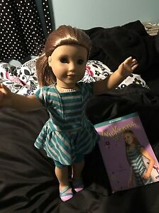 EUC mckenna American Girl doll of the year