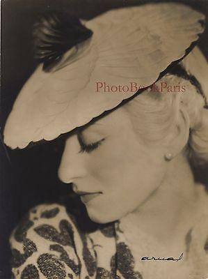 Mona Laska Photo by Arual Paris Fashion Vintage film ca 1925