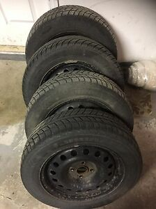 4 pneus d'hiver / winter tires.   400$