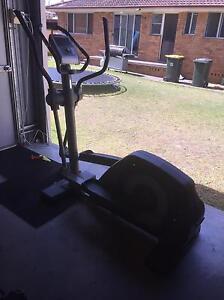 Tunturi c6016 elliptical trainer $60 Ono Metford Maitland Area Preview