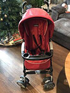 Pegperego baby car seat stroller and car base  Sarnia Sarnia Area image 2