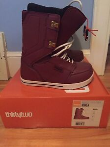 ThirtyTwo Snowboard Boots - Size 9.5