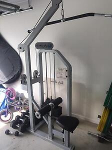 Lat pull down (commercial) Dakabin Pine Rivers Area Preview