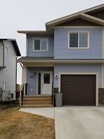#5963 - 4 Bed/2.5 Bath Duplex For Rent $1800. Avail May 1st