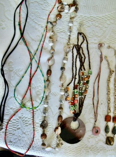 LOT 10 NECKLACES & 2 BRACELETS-BEAUTIFUL LOOK-EX. CONDITION WEARABLE COLORFUL!