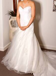 White Silk Wedding Dress with crystals Robina Gold Coast South Preview