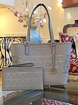 NWT,MICHAEL KORS JET SET TRAVEL MD CARRYALL LEATHER  TOTE HANDBAG+WRISTLET