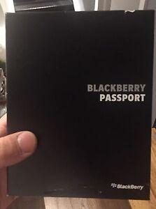 Blackberry Passport Black (Telus)
