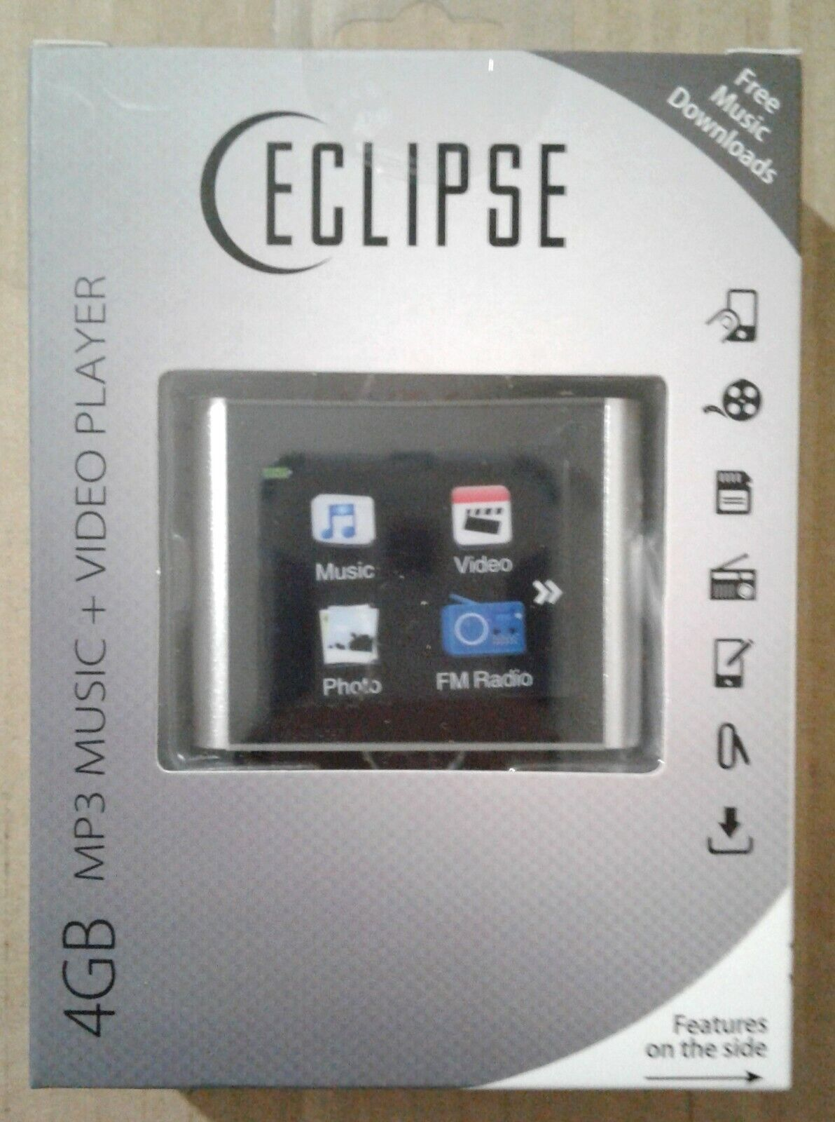 "Eclipse T180 1.8"" 4GB MP3 Clip Style Digital Audio LCD Video"