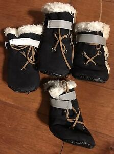 Sherpa style small dog boots