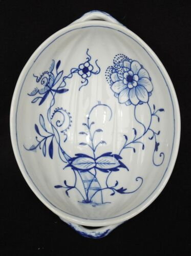 """Antique Blue Onion Oval Ribbed 8 1/2"""" porcelain Serving Bowl with Handles"""