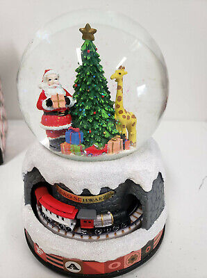 FAO Schwarz Holiday Magic Musical Led Snow Globe with Moving Train Christmas NEW