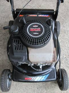 BRIGGS STRATTON 6.5 hp ROVER 4 STROKE,SERVICED MOWER.NO CATCHER!
