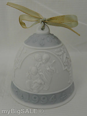 VTG 1994 Lladro Annual Dated Christmas Bell Ornament Angels Singing Scene