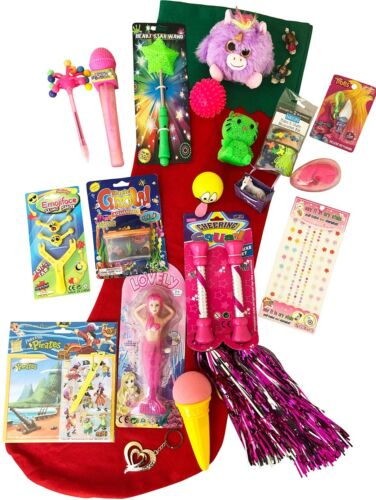 Girls+Pre+Filled+Christmas+Stocking+Stuffed+With+OVER+20+GIFTS