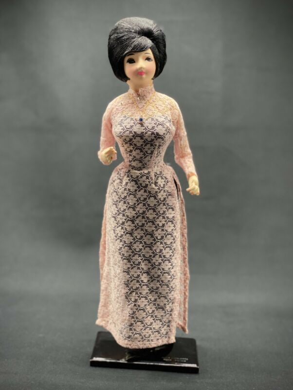 VINTAGE BUPBE BACH TUYET VIETNAMESE DOLL -1960's – COLLECTIBLE