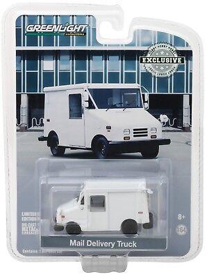 1 64 Greenlight  Plain White  Mail Truck Long Life Vehicle  Llv  Nip