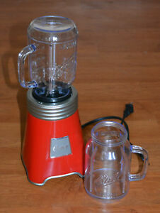 OSTER Ball's Mason Jar Blender