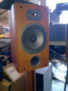 Focal JM-Lab Chorus 706 S speakers w stands, FREE DELIVERY Chatswood Willoughby Area Preview